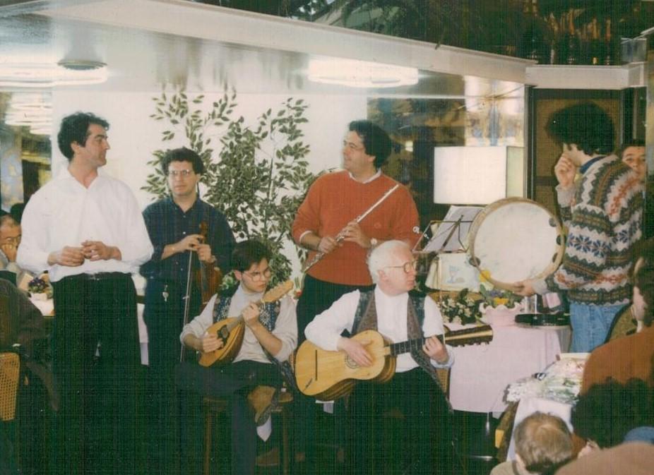 Bari. Sala Gran Caffè Riviera. Cocktail diVersi. 6 marzo1994. Da sinistra: Nino Blasi, Francesco Attolini, Giuseppe De Trizio, Alessandro Blasi, Carmine Damiani, Umberto De Palma