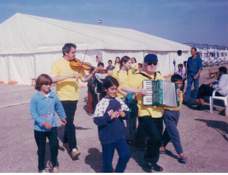 Bari -Palese. Campo profughi. 2002